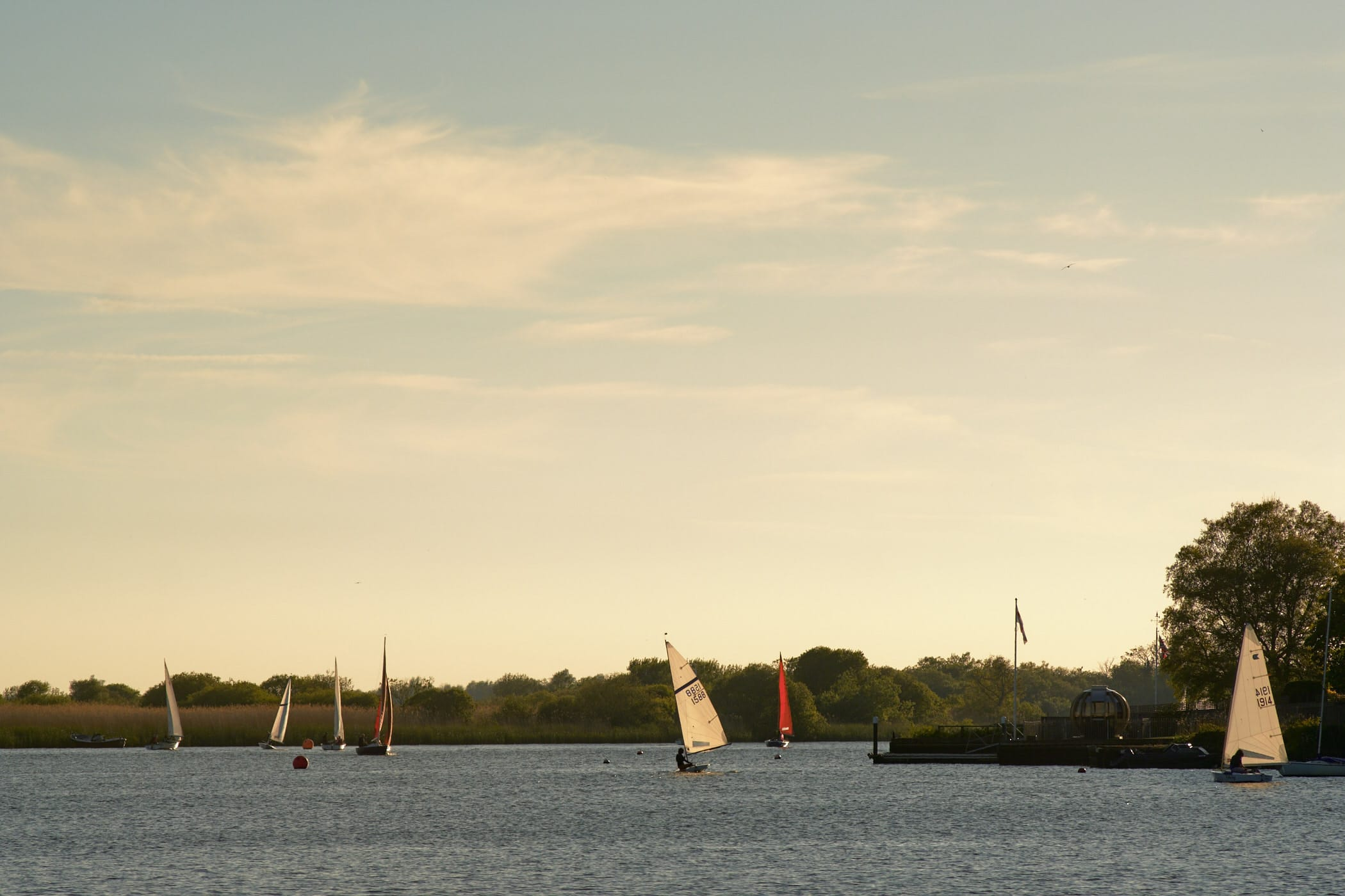 sailing dinghies on Oulton Broad
